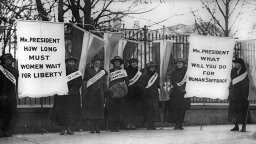 的 Long, Hard Battle for the 19th Amendment and Women's Right to Vote