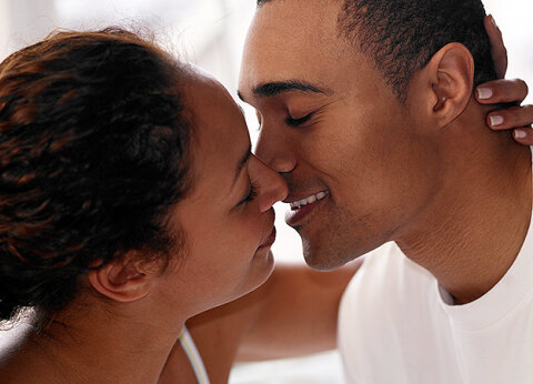 How Kissing Works | HowStuffWorks