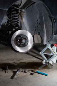 Why is my car leaking brake fluid? | HowStuffWorks