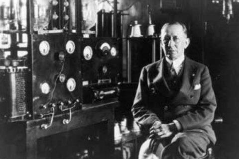 Inventing the Radio