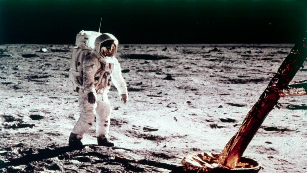 apollo 11 moon landing an interactive space exploration adventure - photo #2