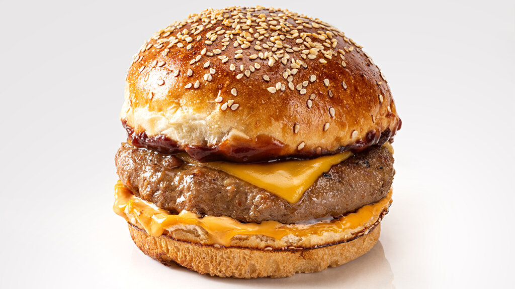 6 Cheesy Facts About Cheeseburgers