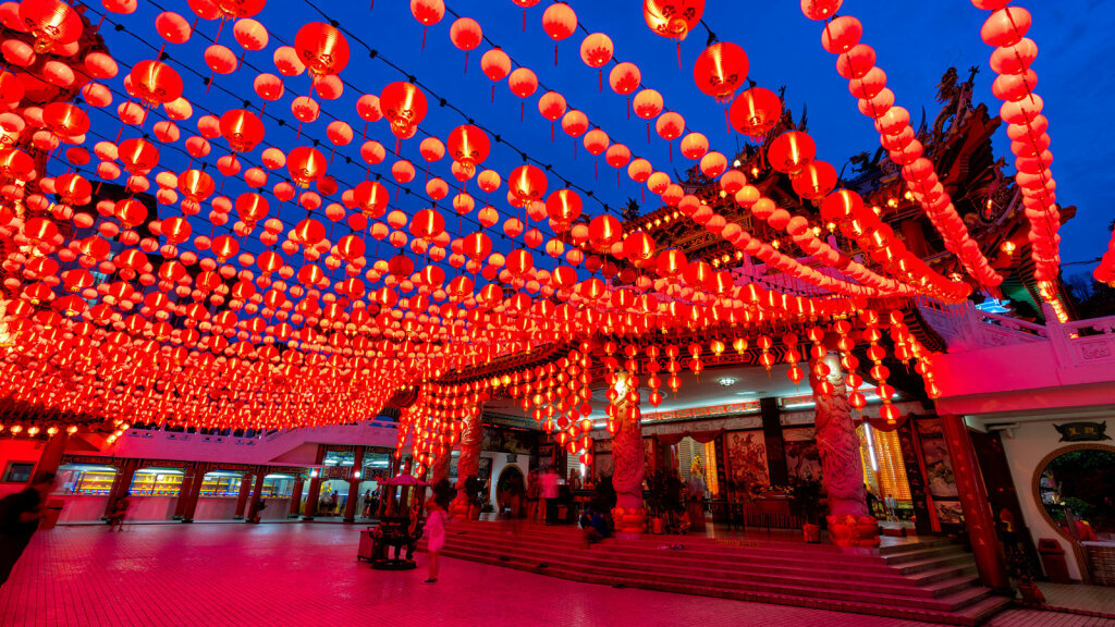 chinese malaysia celebration temple traditions universities works mandarin colors culture place hou thean lanterns holidays mongkol getty during
