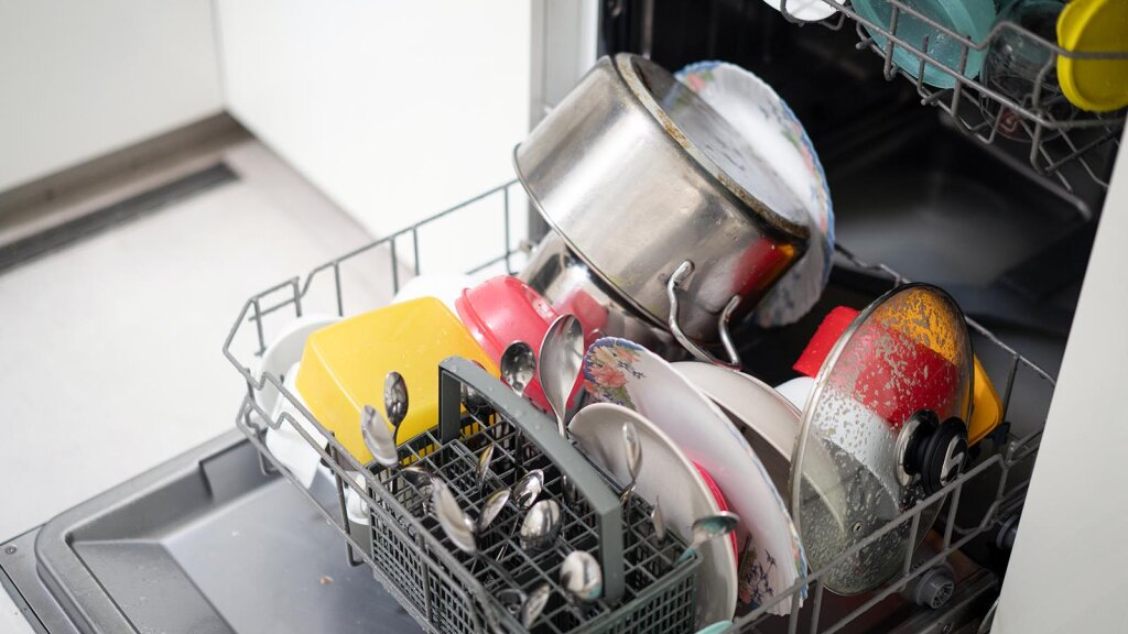 5. How to Clean a Dishwasher