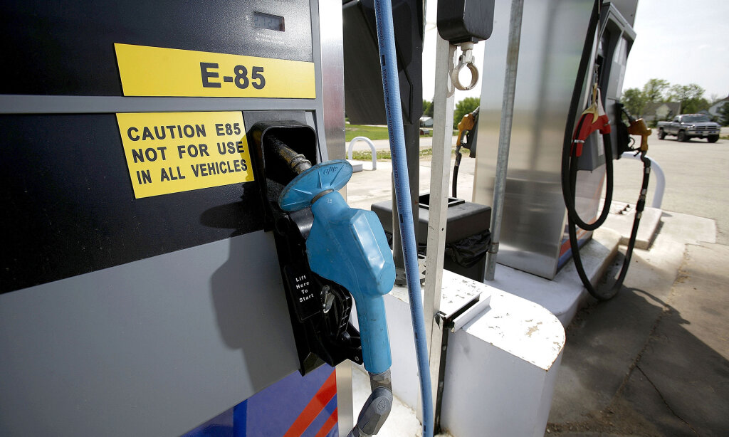 What Is Flex Fuel >> Ethanol E85 Flex Fuel What Does It All Mean Howstuffworks