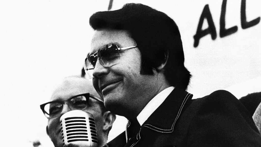 Why Did Hundreds of Americans 'Drink the Kool-Aid' at Jonestown?