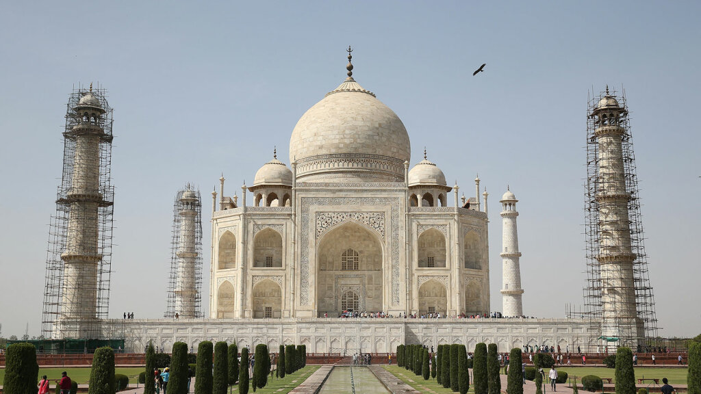 The Taj Mahal Is Turning Green The Struggle To Preserve