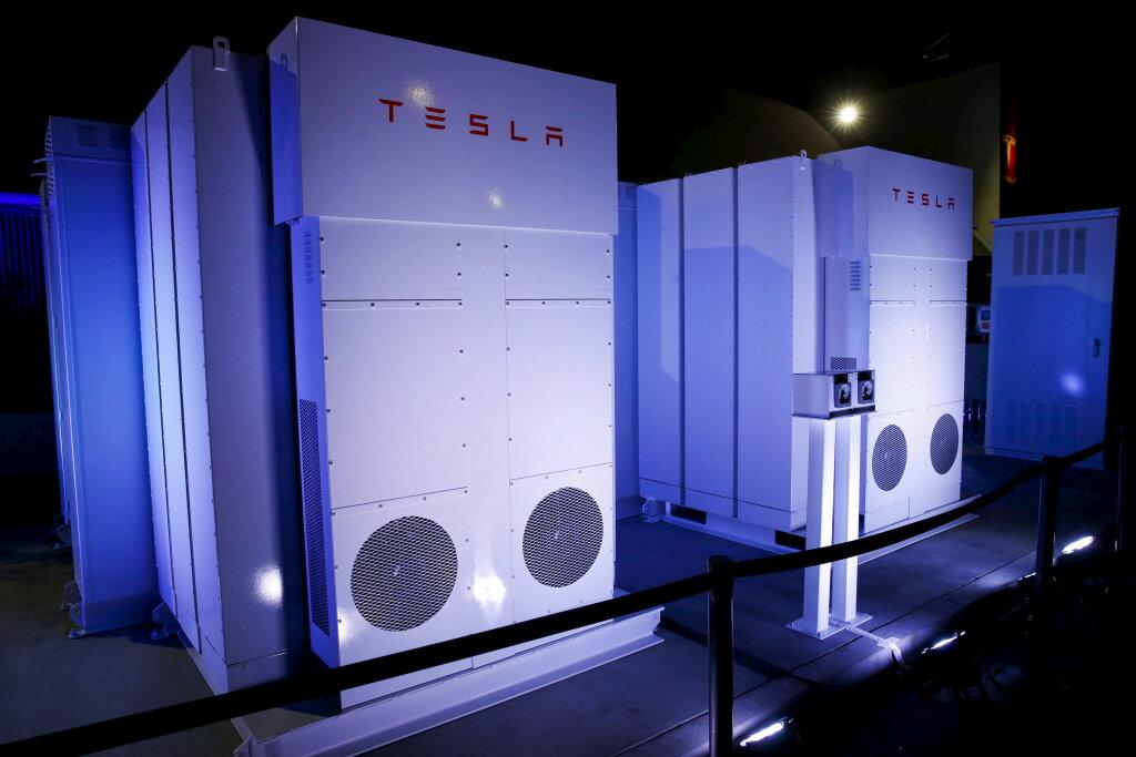 How the Tesla Powerwall Works | HowStuffWorks