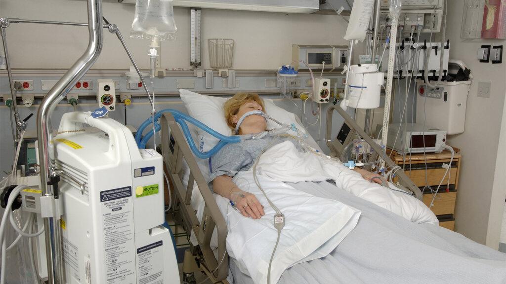 CareFusion Recalls AVEA Ventilator Due to an Electrical ...  |Ventilator