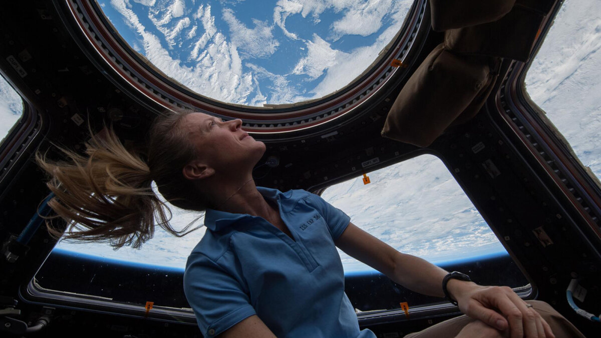 Got $250,000 Sitting Around? Become a Space Tourist