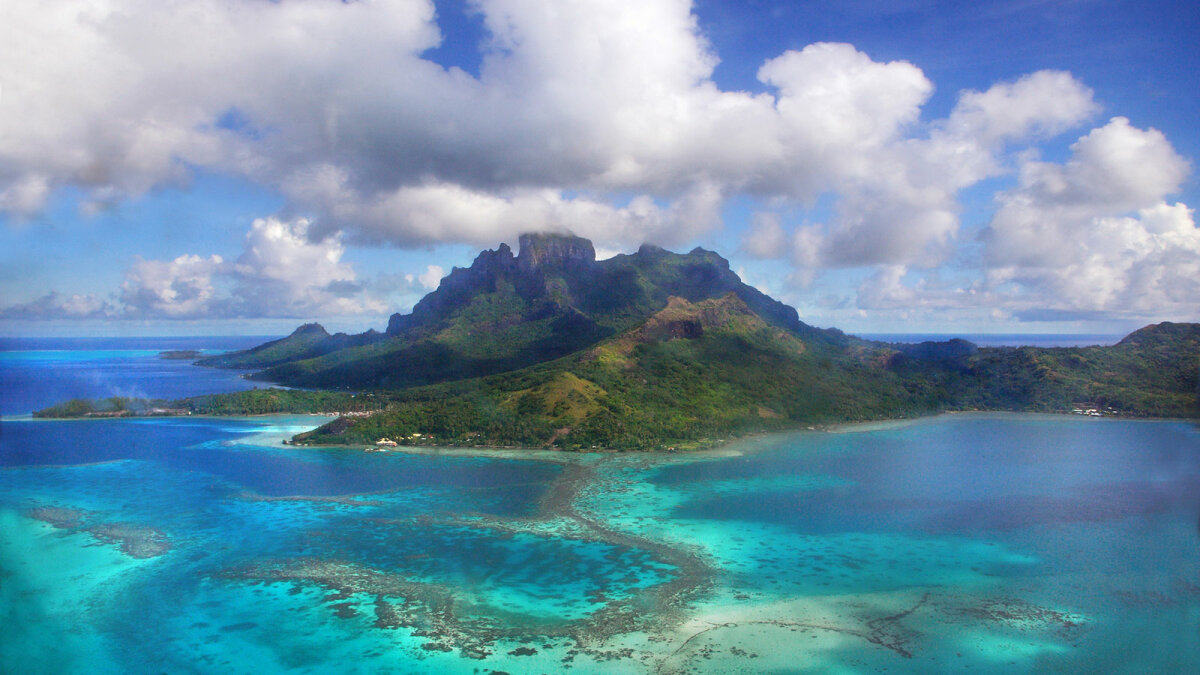 9 Deep-diving Facts About the Lands of Oceania
