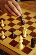 How Chess Puzzles Work