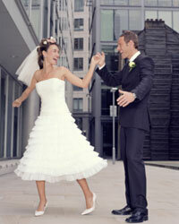You'll be so chic at your rooftop urban wedding!