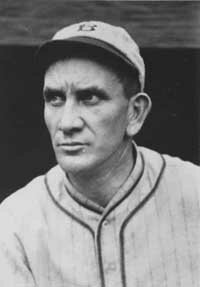 Pittsburgh's Rabbit Maranville sets a single- season record 672 at-bats without hitting a home run in 1922.
