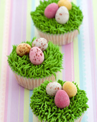Who could resist these festive Easter cupcakes?