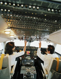 Autopilots can control a plane much more smoothly than human pilots can.­