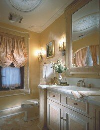 This traditionally elegant bath is awash in romance.