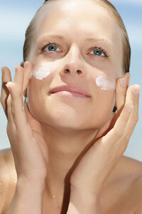 Beautiful Skin Image Gallery Does it matter what kind of sunscreen you use on your face? See more pictures of getting beautiful skin.