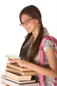 College is getting more expensive all the time. Financial aid calculators can help you create the right savings plan.