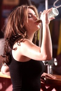 Even celebrities like Penelope Cruz have to burp after drinking soda.