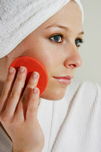 Getting Beautiful Skin Image Gallery Exfoliating can keep dead skin cells from clogging your pores. See more getting beautiful skin pictures.