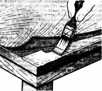 Loose veneer can be reglued. Apply [b]glue to the base wood, press the veneer into place, and clamp it firmly.