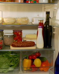 It looks like a yummy dinner could be made with the contents of those crisper drawers!