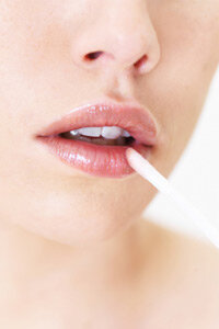 Thanks to lip plumping products, you don't have to settle for thin lips anymore. See more make tips pictures.