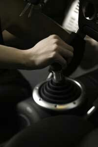 Do manual transmissions outperform automatics when towing?