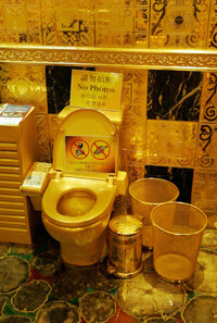 The golden throne at Hang Fung's is meant to be admired, not put to practical use.