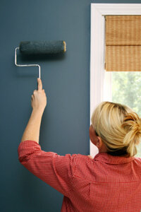 When Painting Over Wallpaper Is The Better Option Howstuffworks