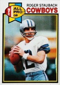 """Roger Staubach helped popularize the Cowboys' """"shotgun"""" pictures of football players."""