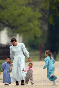 Most people associate North American polygamy with images of the FLDS and the 2008 raids on the Yearning for Zion compound in Texas.