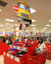Those cheerful back-to-school deals are tempting, but plan ahead and buy after the sale has peaked, and you'll do even better.
