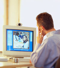 With video instant messaging, professionals from different offices can conduct meetings.