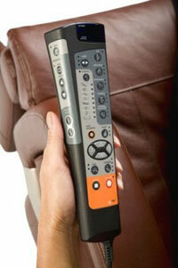 Users can control the HT-7450 with a remote control.
