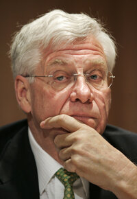 "At a March 2005 press conference, IRS Senior Advisor to the Commissioner John C. Klotsche ponders the ""Son of Boss"" tax shelter settlement."