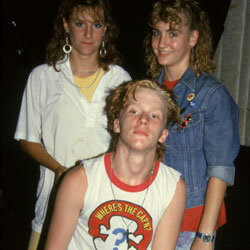 Brat Packer Anthony Michael Hall poses for a photograph with two teenaged girls in 1986. Notice the Swatch on the girl's wrist.