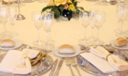 Offer your suggestions on seating arrangements at the rehearsal dinner and the wedding.