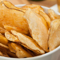 Potato chips can satisfy a crunchy craving and should keep hunger pangs at bay for a short flight.