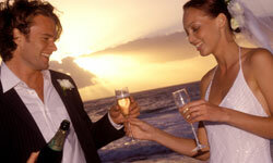 A wedding by the sea calls for less stress and more bubbly.