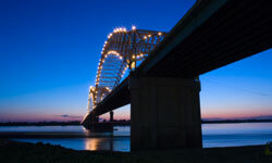 In Memphis, be sure to enjoy a nighttime ride over the Mississippi River on the Hernando Desoto Bridge.