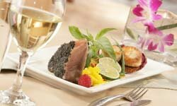 A dry white wine is a good match for many kinds of seafood, such as ahi tuna and scallops.