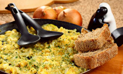 Set aside the shaker! Using onions and herbs in your scrambled eggs gives you a delicious dish without loads of sodium.
