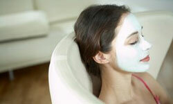 A sour cream mask may minimize your freckles.