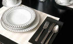We love this bold pattern for a modern, masculine table.