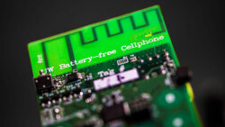 Scientists Have Invented a Battery-free Cell Phone