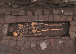Medieval Coffin Yields Fascinating Skeleton