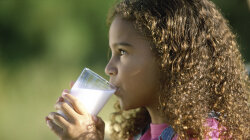 Drinking Noncow's Milk May Stunt Children's Growth