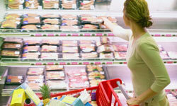 Grocery shopping doesn't have to break the bank if you know what you're doing. Follow our tips and you can save every time you hit the aisles.